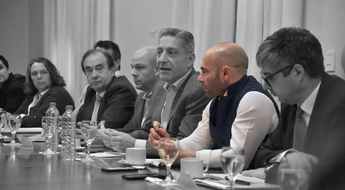 massoni en reunión de gabinete